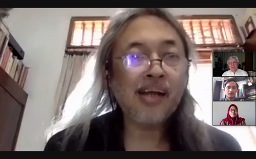 Diskusi Pertama yang Dipaparkan oleh Seno Gumira Ajidarma