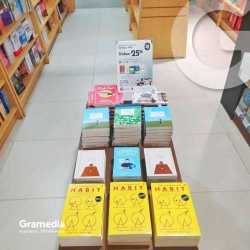 Jalan-jalan ke toko buku Gramedia Lampung Kedaton (Spesial HUT KPG)